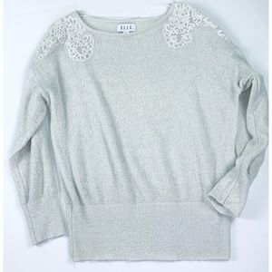 NWOT Elle Holiday Soft Lace Applique Sweater